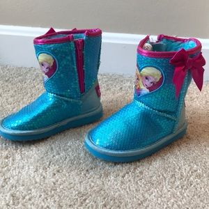 Kids Frozen Themed Sequin Boots